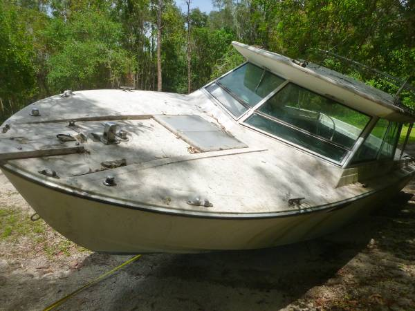 Gone - Free 22 foot boat with cuddy cabin (South Fort Myers FL) - Free-Boat.com