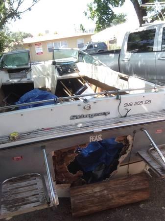 Stingray Powerboat Stern plate