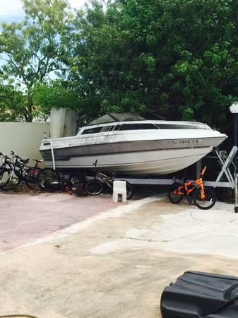 Free boat Miami 1