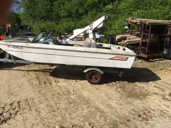 Free 14 fishing small boat no motor