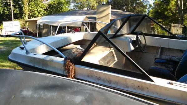 Free boat hull Osprey