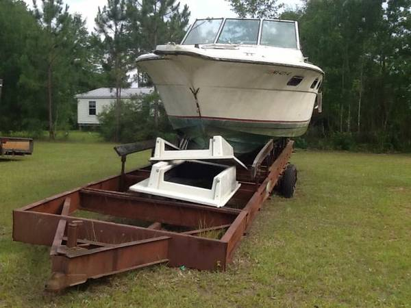 Free powerboat with large trailer