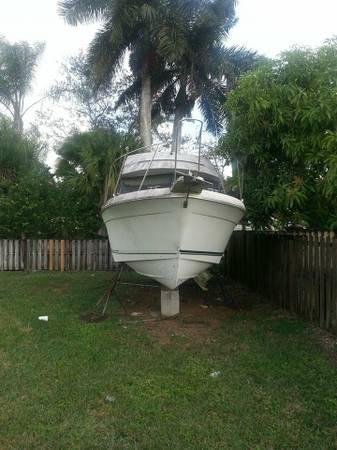 Free Powerboat 28 foot