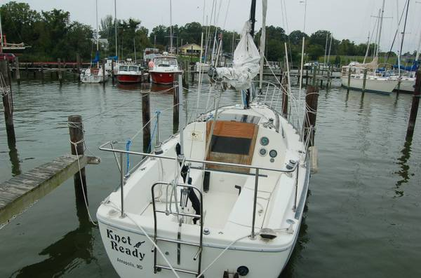 28 foot project sailboat stern