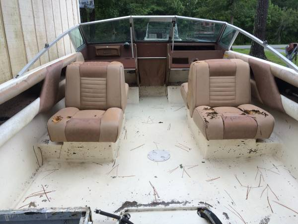 18' Sea Ray Boat dash