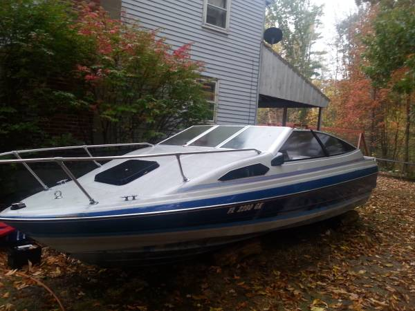 sideview free boat powerboat