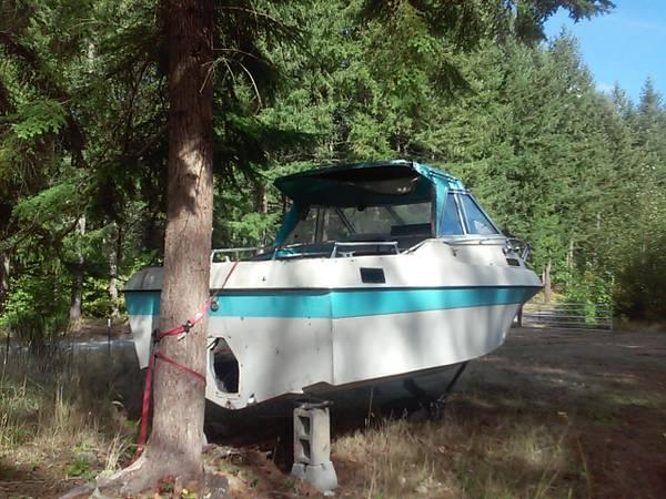 21ft reniall cabin cruiser fix up