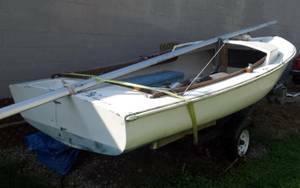Free 17 sailboat side