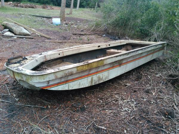 16ft long 5ft wide, fishing Boat