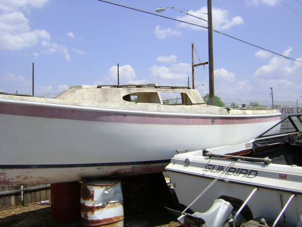 20 ft free sailboat