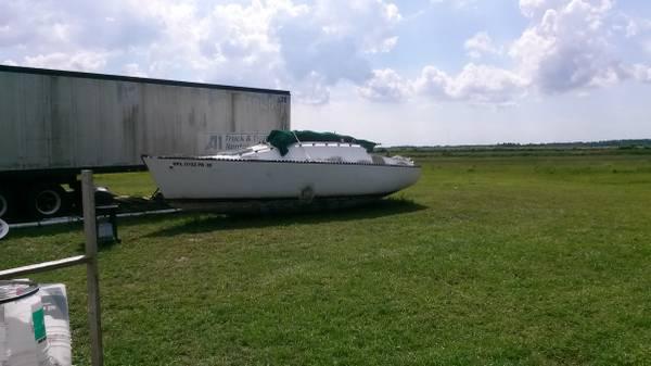30 ft Creekmore Sailboat,swingkeel