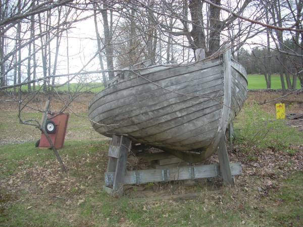 Mahogany Wood Boat Free To A Good Home