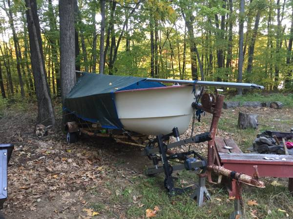 14 ft sailboat and Trailer