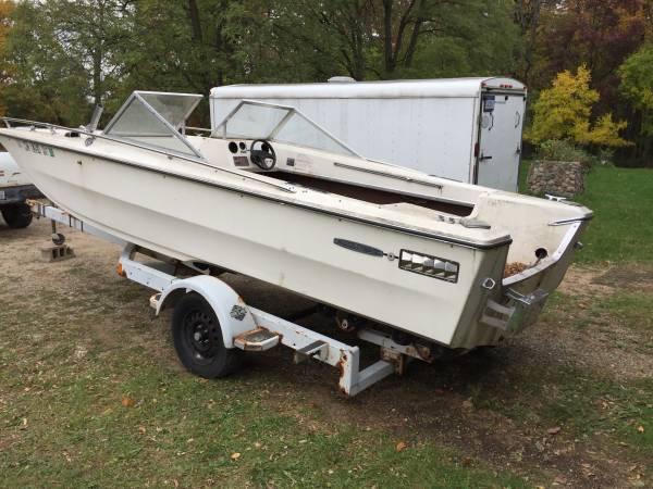 69 Searay solid hull no trailer