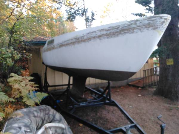 CAL 20 project sailboat