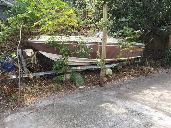 boat with motor need trailer to haul