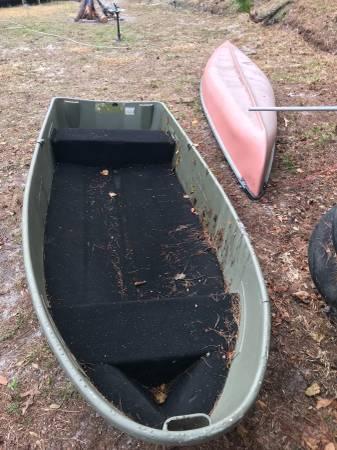 12 foot John Boat with Carpet