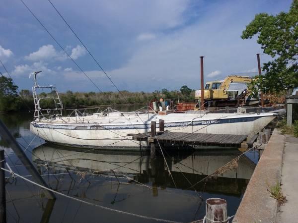 39 Ericson Yachts