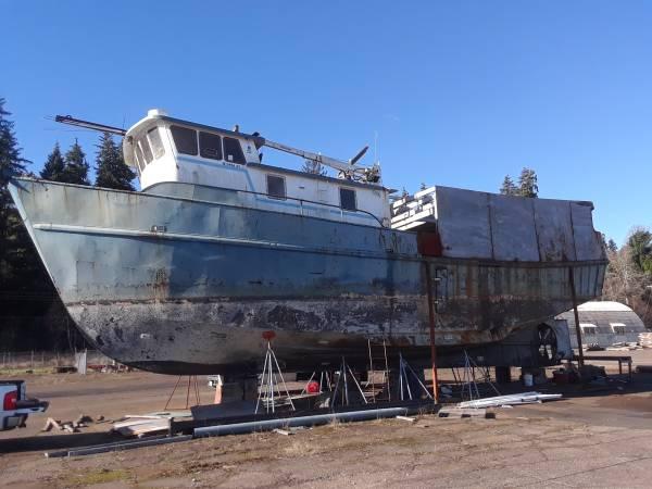 66 steel trawler port