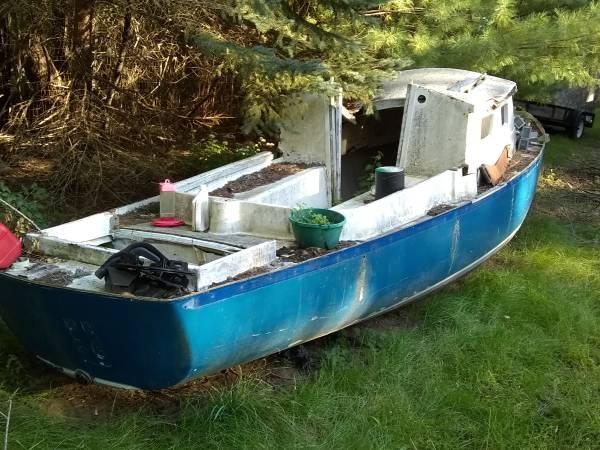 20 plus foot sailboat stong hull