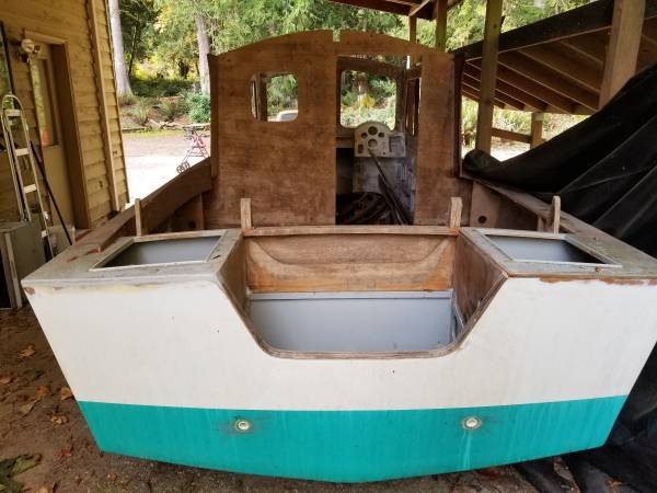 Noddy @ Devlin boats for a complete description
