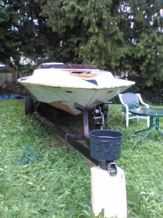 26 ft Ocean Going powerboat