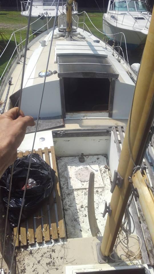 1972 Nantucket Clipper Sailboat on deck