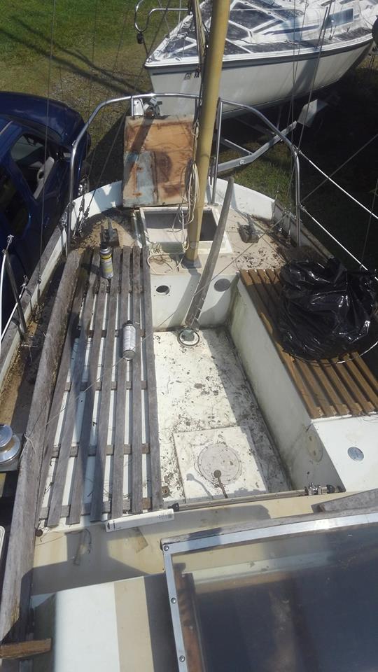 1972 Nantucket Clipper Sailboat in cockpit