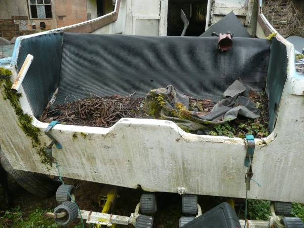 boat and trailer stern
