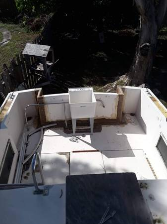 1973 26 Ft Searay Pacemaker rear