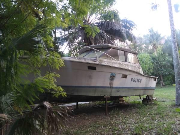 38 foot Trojan boat