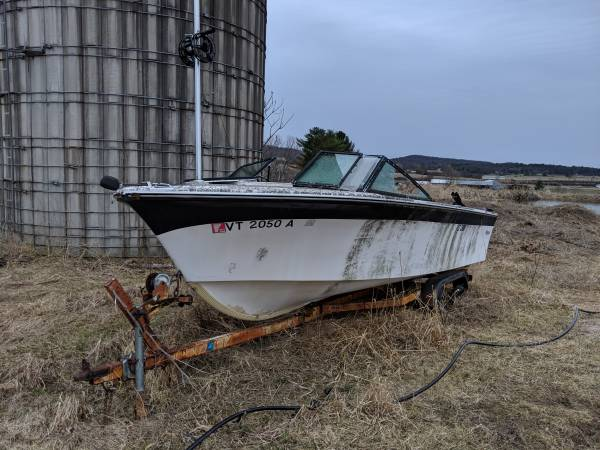 Small powerboat on trailer needs tires