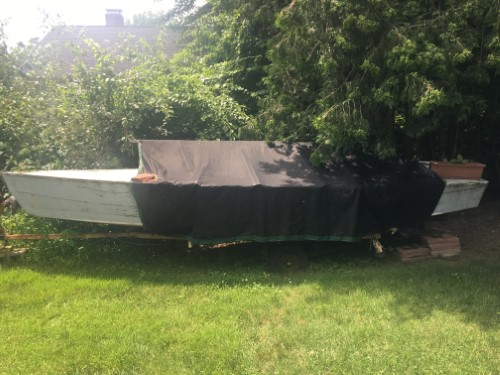 Lightning Class 19 ft. solid wood boat