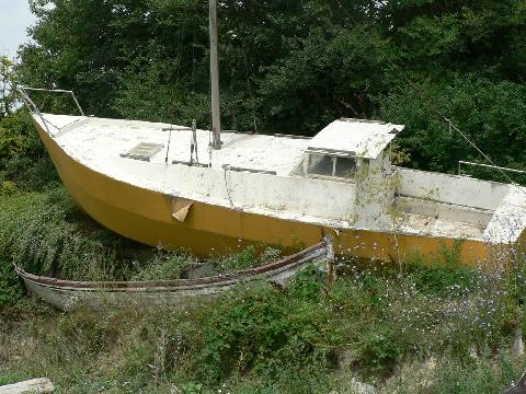 Sailboat neglected