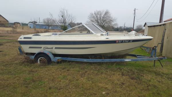 Free Boat and trailer needs tire