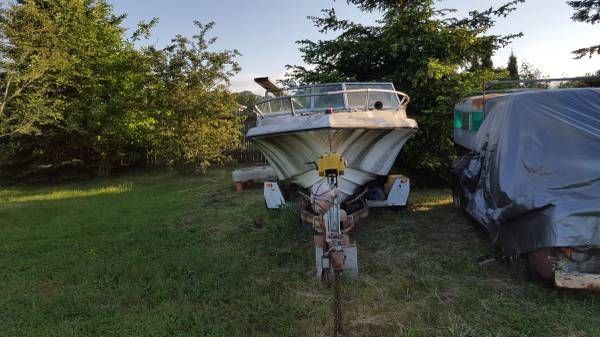 Free boat trailer and hottub