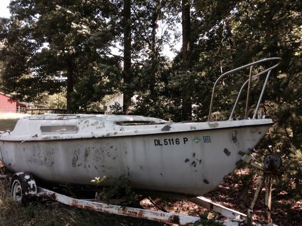 Free sailboat with title
