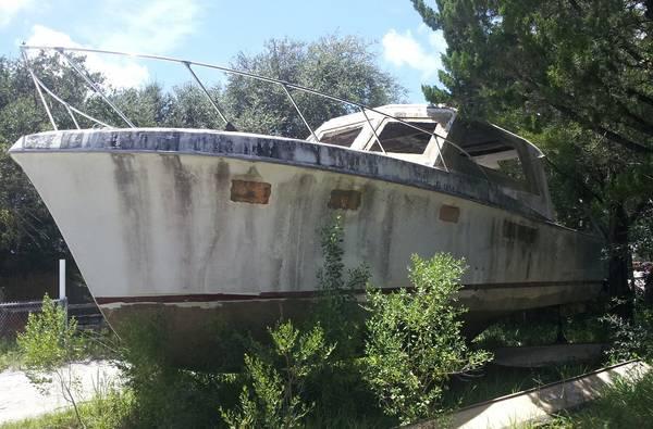 Hatteras 34 hull starbird
