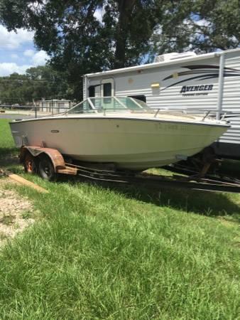 1972 Sea Ray Boat