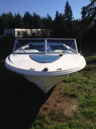 19 foot boat hull