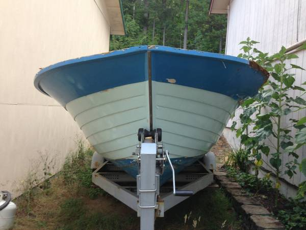 19 Thompson wood boat hull