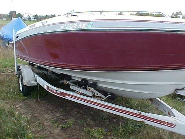 Horizon 20ft Four Winns Boat Hull
