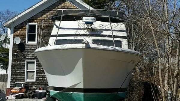 77 trojan 30 foot boat
