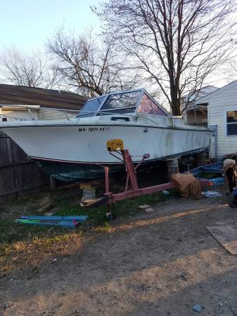 24' boat with ford 302 engine
