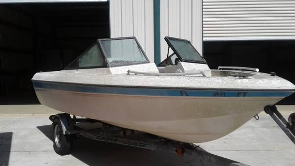 1988 sunmate 16 ft Side View