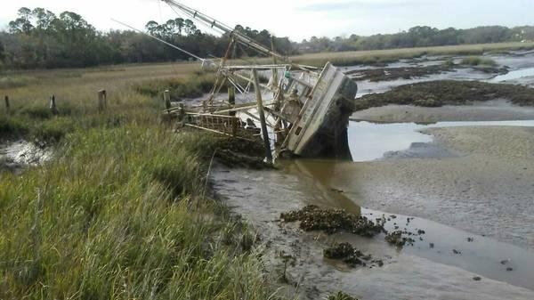 Doc. 36ft shrimpboat on it's side