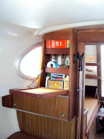 1966 Columbia Sabre 32 storage