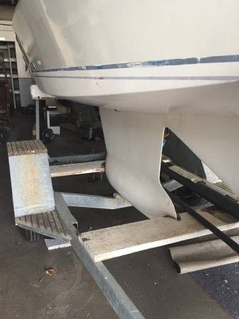23 star keel on trailer