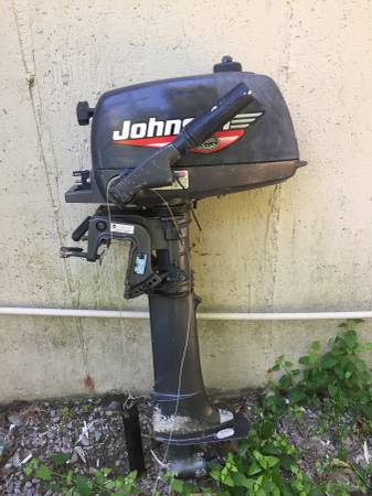 22 Catalina Johnson engine