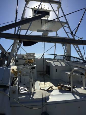 38 sportfish tuna tower